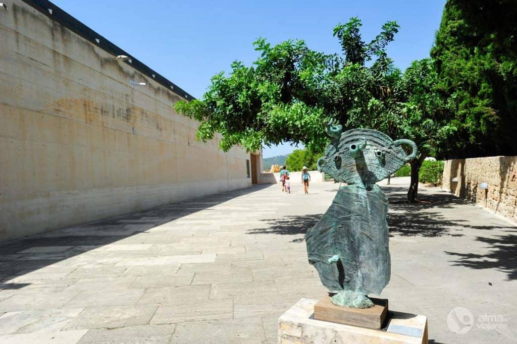 Maljorkos Pilar i Joan Miró fondo muziejus