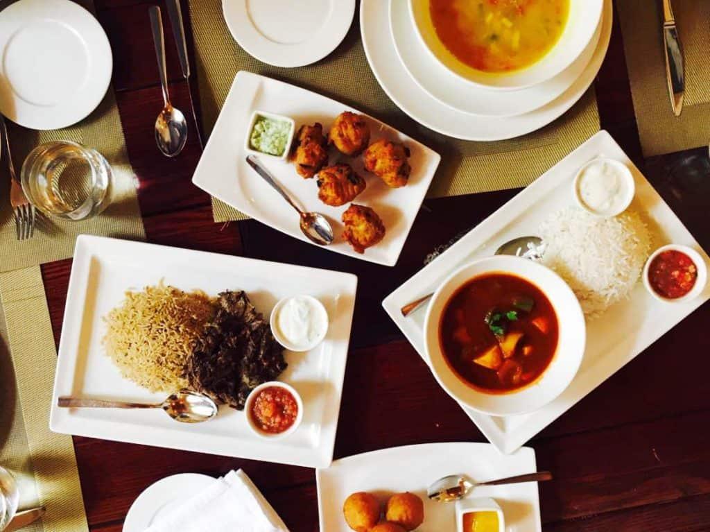 Gastronomia em Omã: Sabores tradicionais no Bait Al Luban
