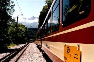 Linha de caminho-de-ferro em Valais, Suíça