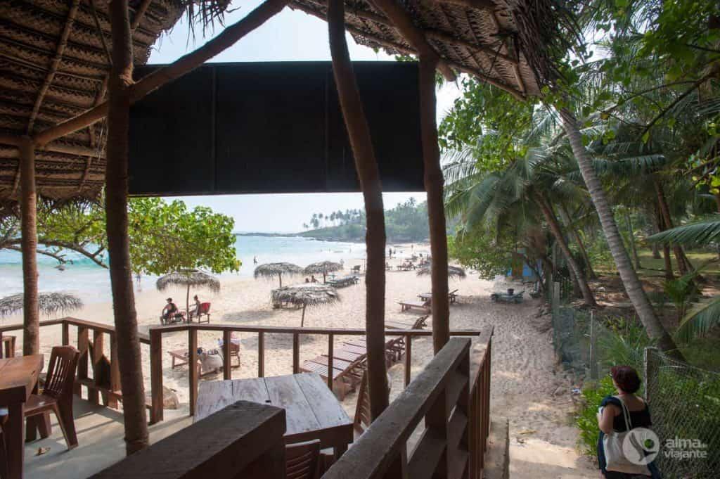 Praia de Goyambokka, costa sul do Sri Lanka