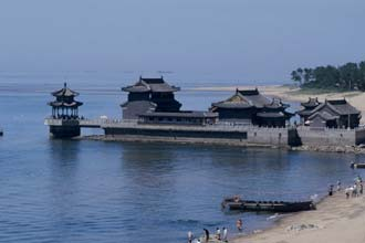 A Grande Muralha da China começa no Pacífico