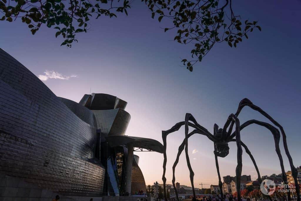Mamã, de Louise Bourgeois, Museu Guggenheim