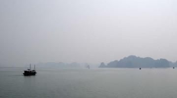 De Caiaque Pela Baía de Halong (VM #16)