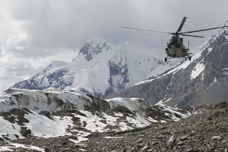 De helicóptero até às Marble Mountain