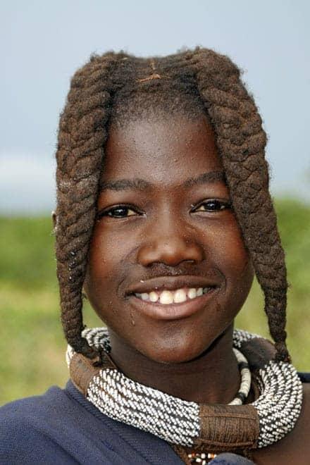 Rosto de um jovem Himba