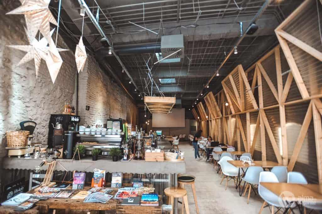 Onde comer em Brasov: Hof Cafe