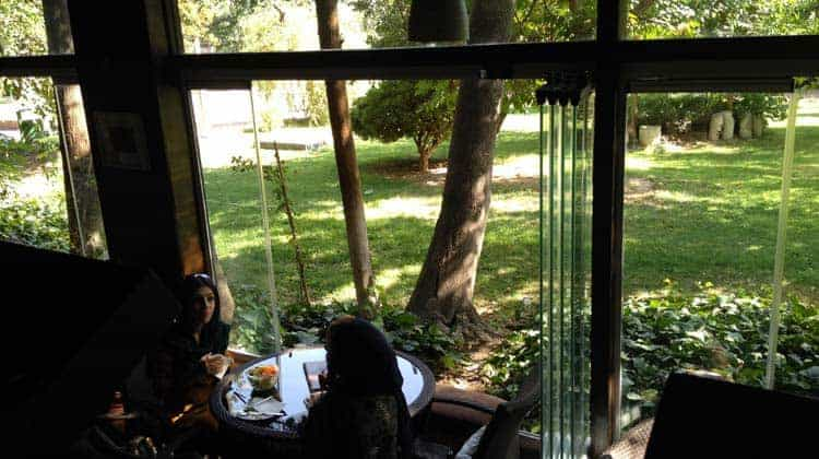 O Home Café é muito provavelmente o meu café favorito de Teerão