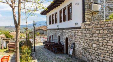 Onde dormi em Berat: Hotel Kalaja e Hostel Mangalem