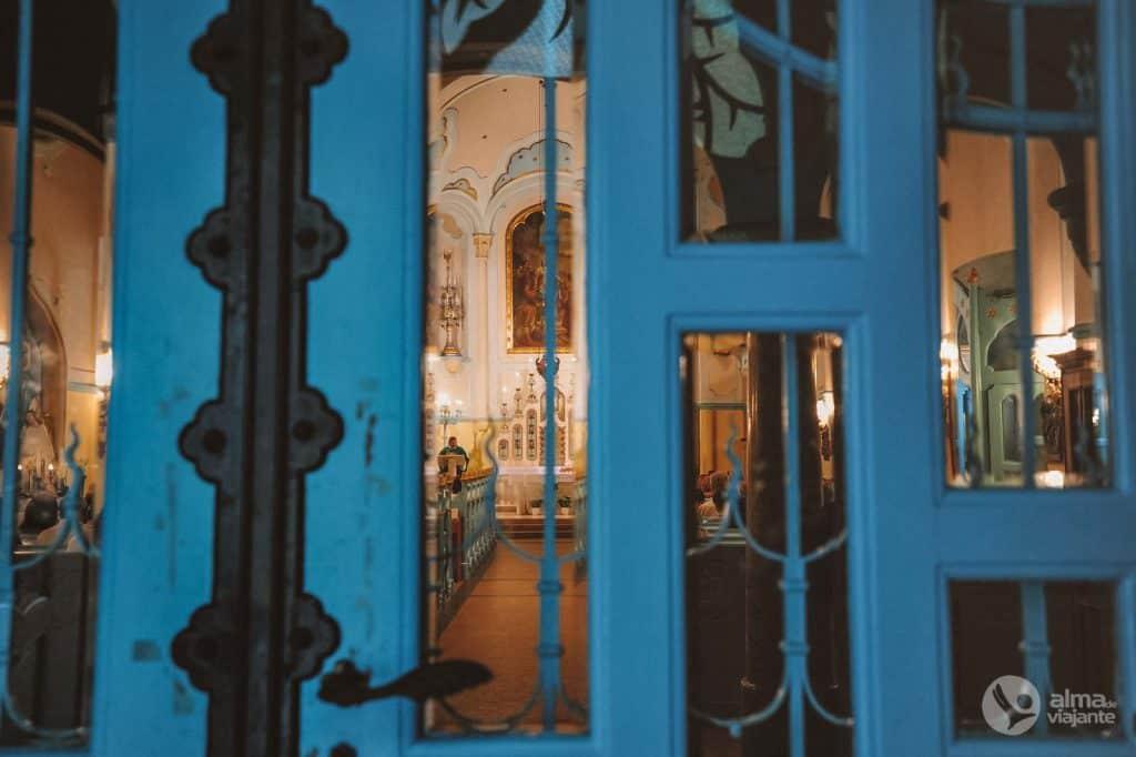 Mėlyna Bratislavos bažnyčia