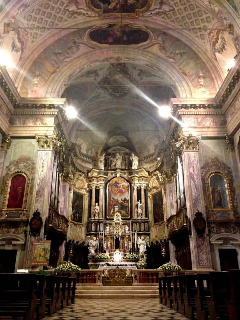 Interior de uma igreja, Clusone