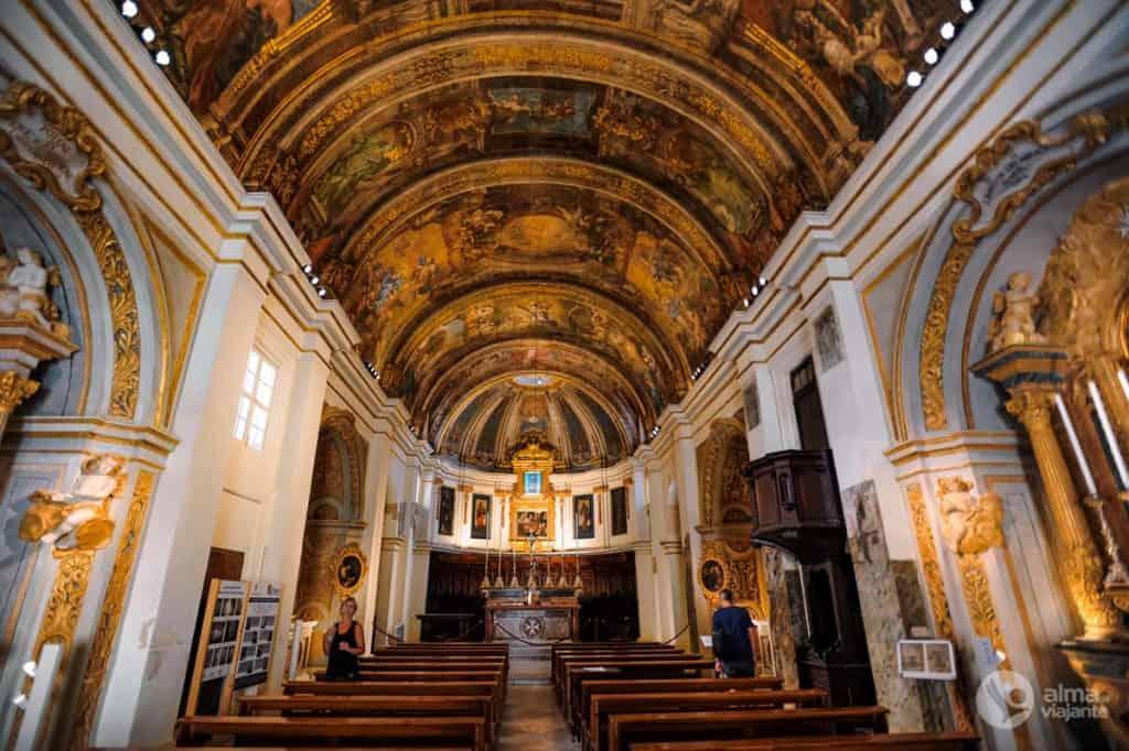 Vallettas toimuvad tegevused: külastage meie Jumalaema kiriku kirikut