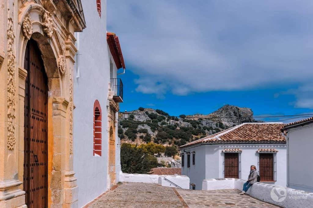 Pueblos Blancos: Igreja São José, Grazalema