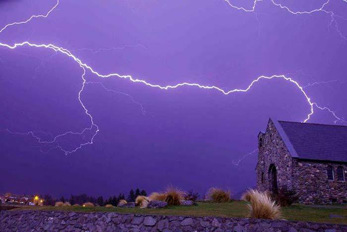Tempestade em Lake Tekapo