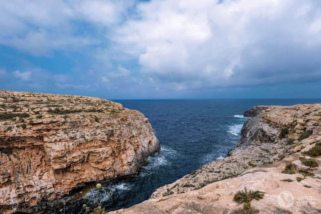 Roteiro em Gozo: visitar desfiladeiro Wied il-Għasri
