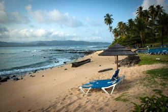 Praia no resort Ilhéu das Rolas