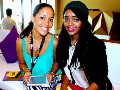 Inês Alves com uma blogger de moda na Semana de Moda do Dubai