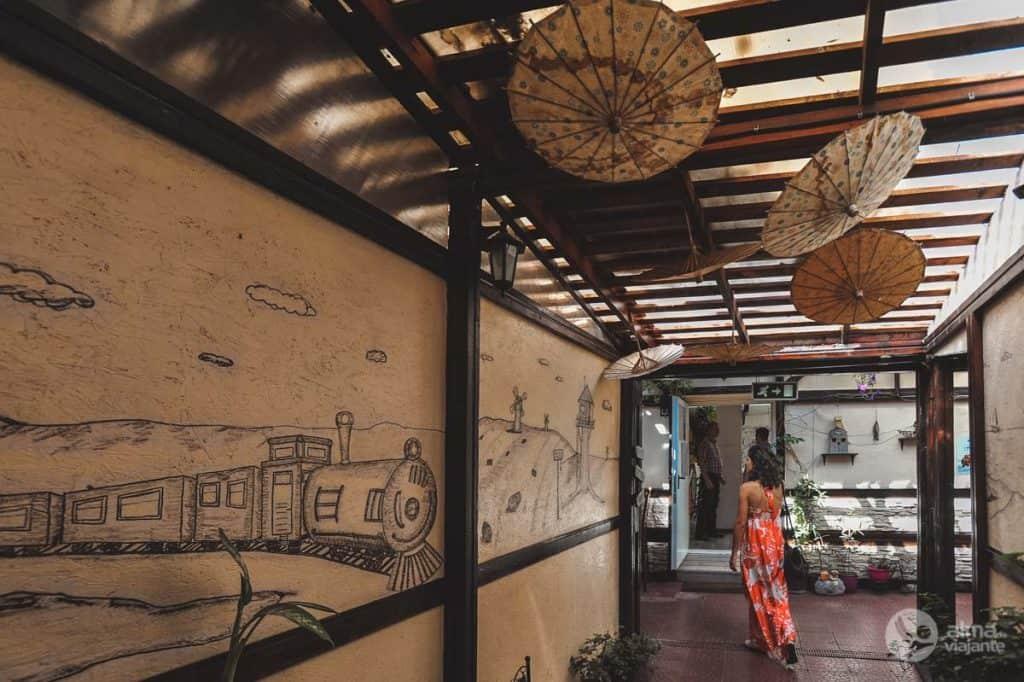 O que visitar em Bucareste: Journey Pub