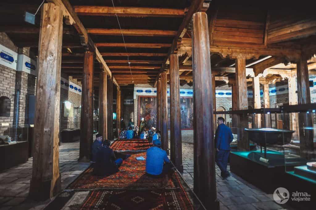 Turkistanská podzemní mešita