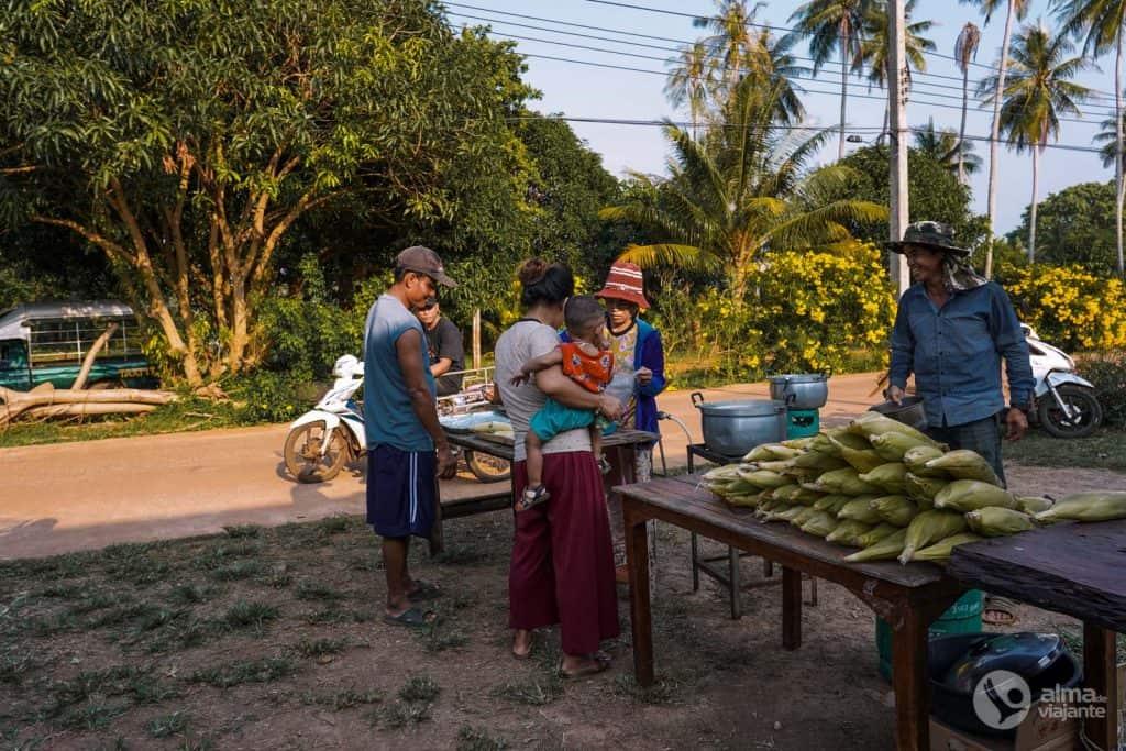 Twesday market Koh Mak
