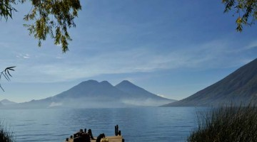 Lago Atitlán, um banho de cor