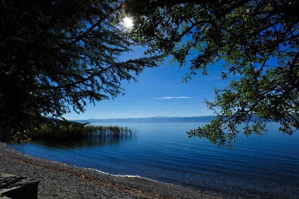 Viajar devagar: apreciar um lago