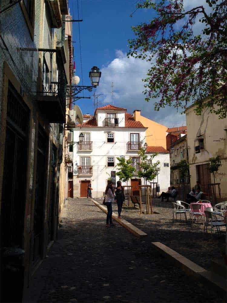 Roteiro Portugalsko: Largo da Severa, Mouraria, Lisabon