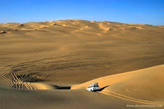 Dunes milli vötn Dawada, Líbýu