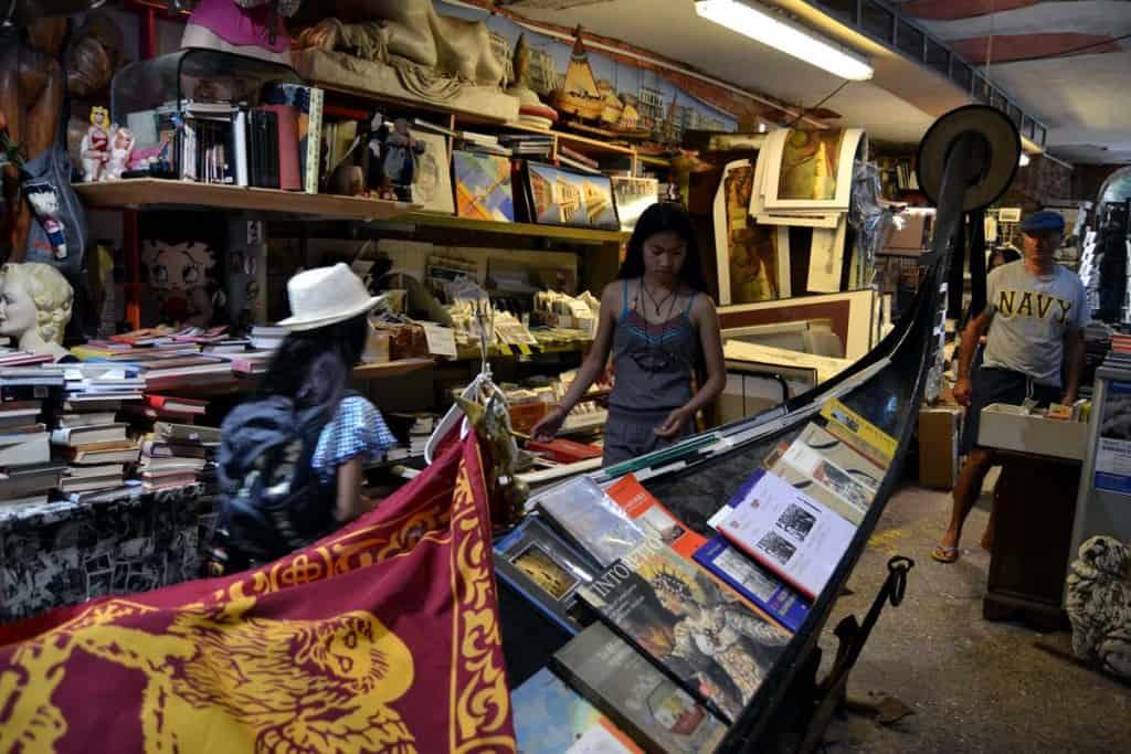 Livraria Acqua Alta, Veneza