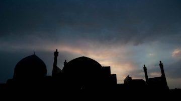 O chamamento dos muezins (Do Cairo a Teerão #0)