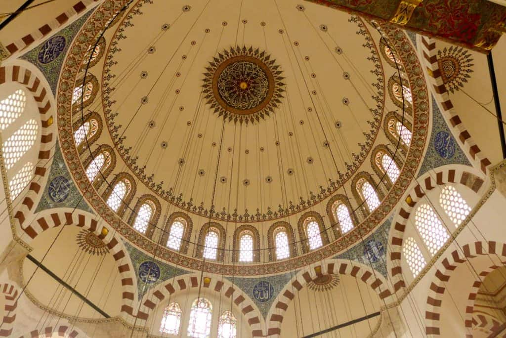 O que ver em Istambul: mesquita Rustem Pasa