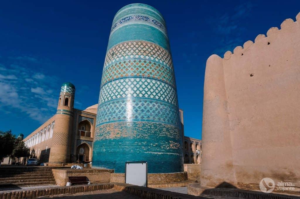 O que ver em Khiva: Minarete Kalta-minor
