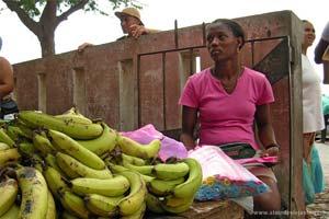 Mercado de rua no Mindelo, Cabo Verde
