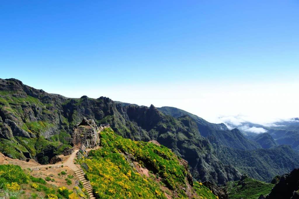 Miradouro Ninho da Manta, na Vereda do Arieiro, a 20 minutos a pé do Pico do Arieiro