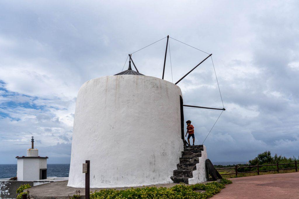 Moinhos de vento, ilha do Corvo, Açores