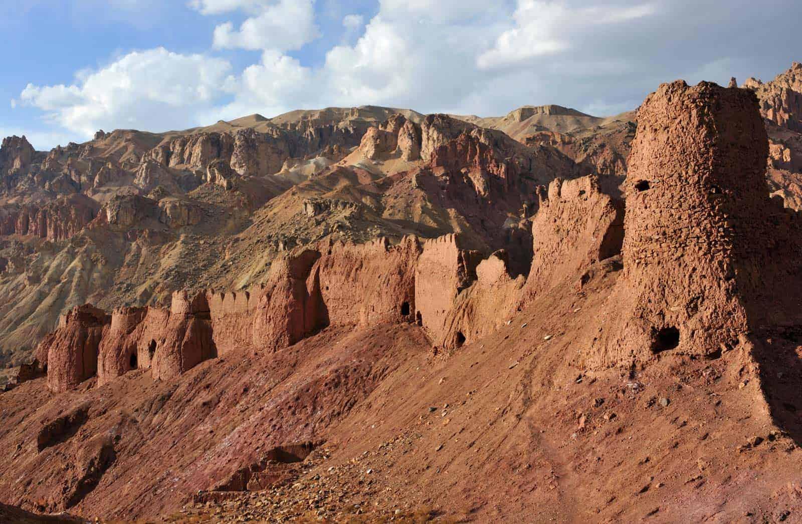 Velho forte nas montanhas do Afeganistão