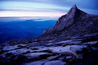 Amanhecer no monte Kinabalu, Bornéu
