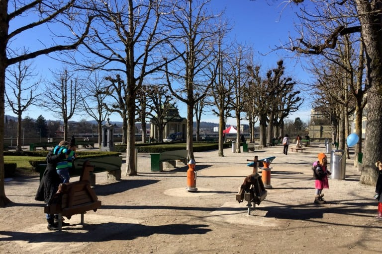 Berna: Münsterplatz