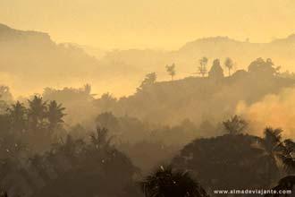 Saulėtekio pertraukos Mrauk U, Mianmare