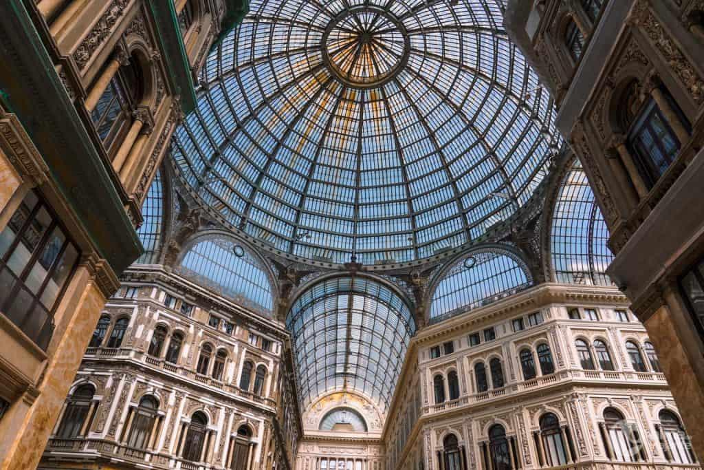O que visitar em Nápoles: Galeria Umberto I