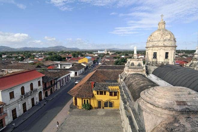 Vista a partir do campanário da igreja La Merced, em Granada
