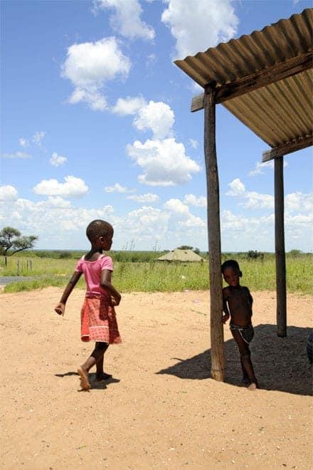 Börn í Botsvana