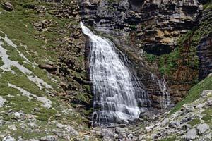 Cascade af Horsetail í Ordesa Valley, Pyrenees
