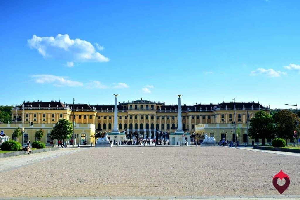 Vienos lankytinos vietos: Schonbrunn rūmai