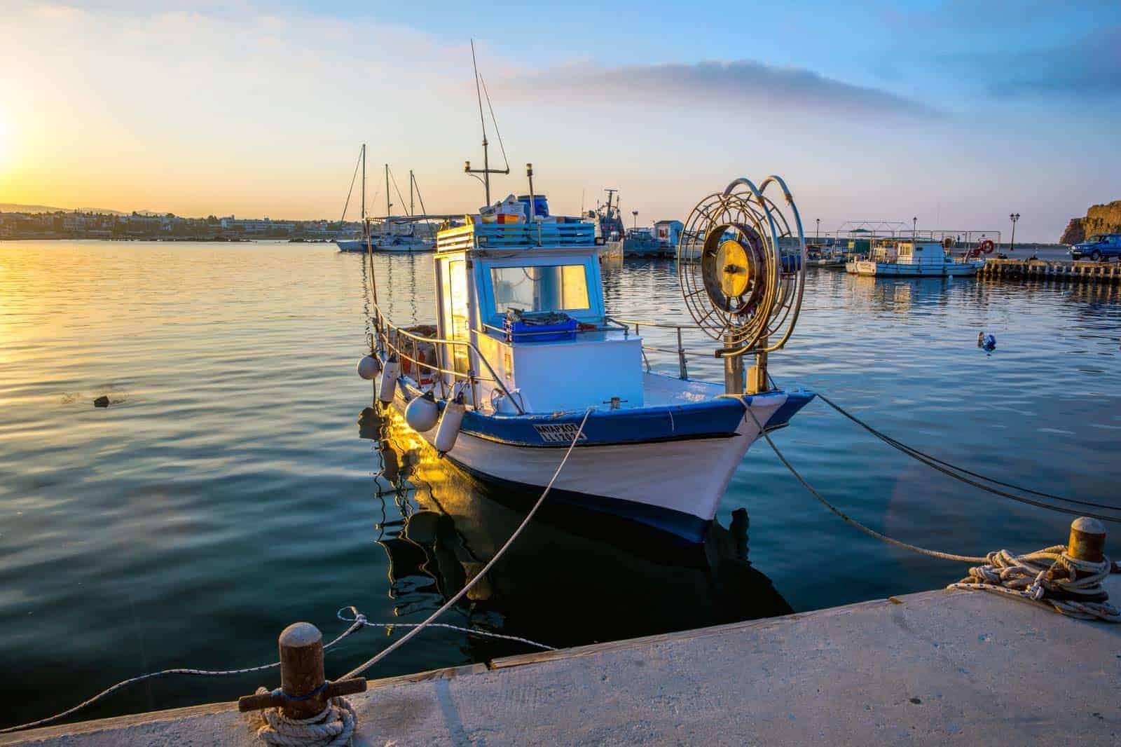 Barcos em Paphos, Cchipre