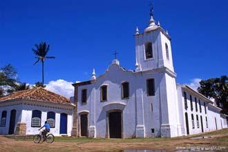 Igreja colonial, Paraty, litoral do Rio de Janeiro