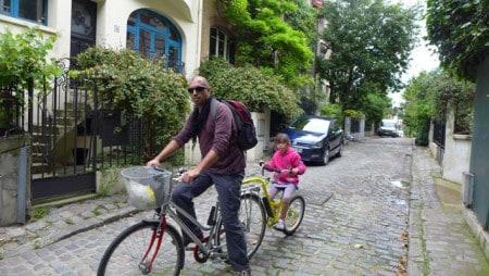 Paris em família: passeio de bicicleta