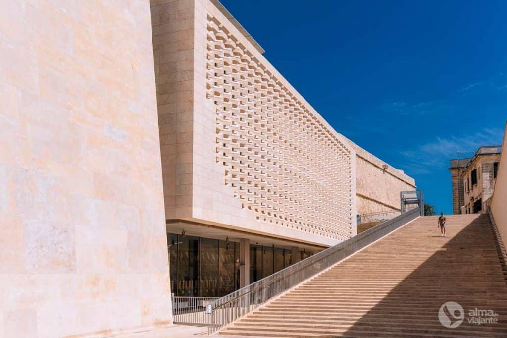 Maltan parlamentti, Valletta