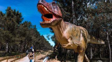 Dinossauros à solta no Dino Parque (para visitar com crianças)