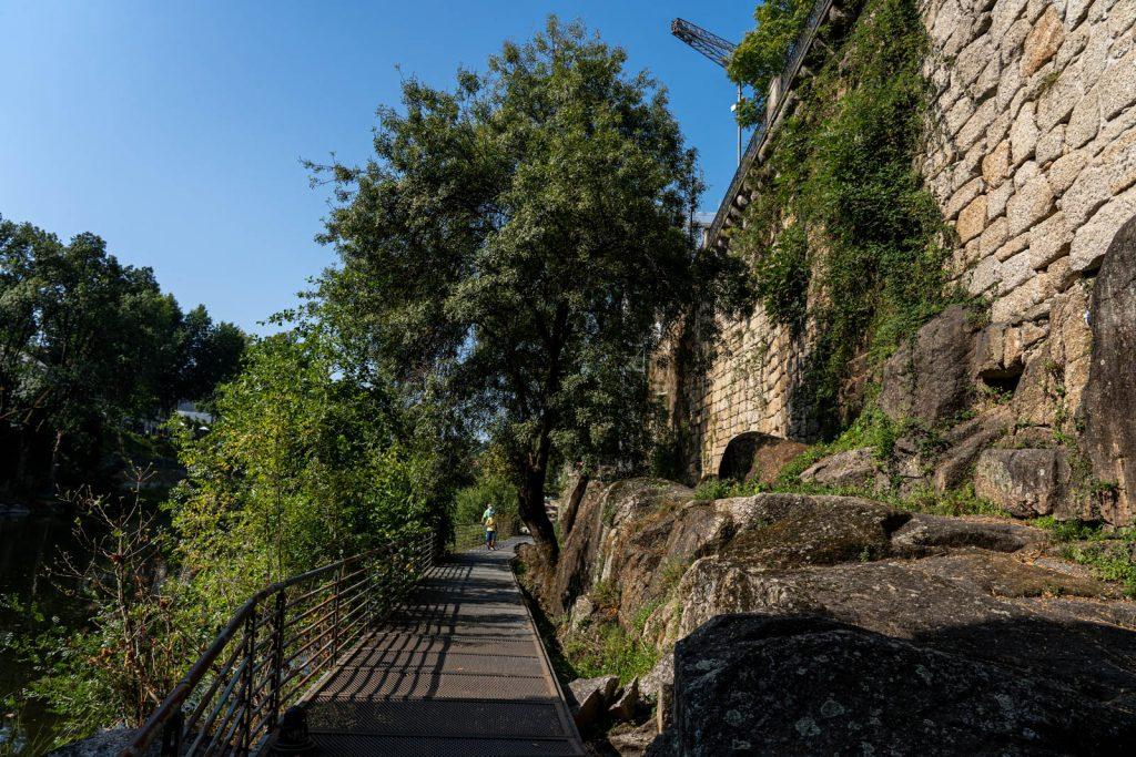 Passadiços junto ao rio Tâmega