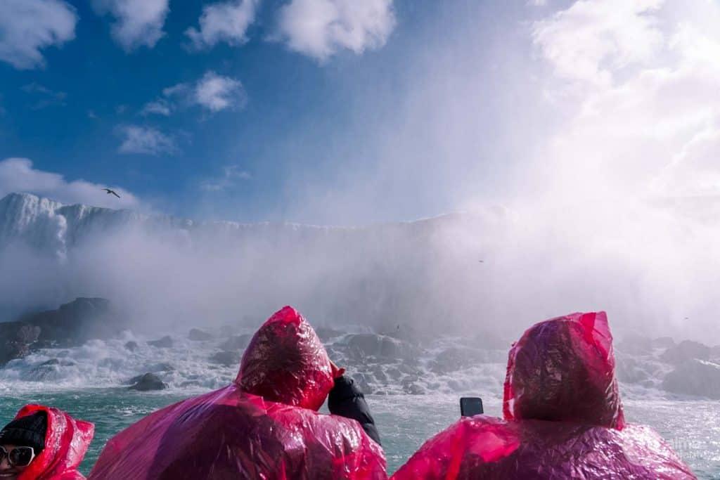 Passeio de barco nas Cataratas do Niagara